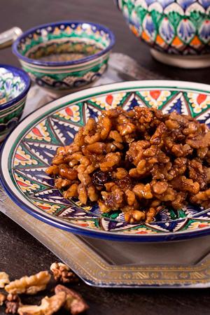 Жаренные орехи в карамели